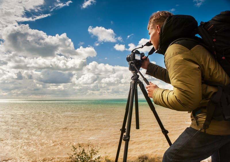 Lavoro del fotografo all'aperto fotografie stock