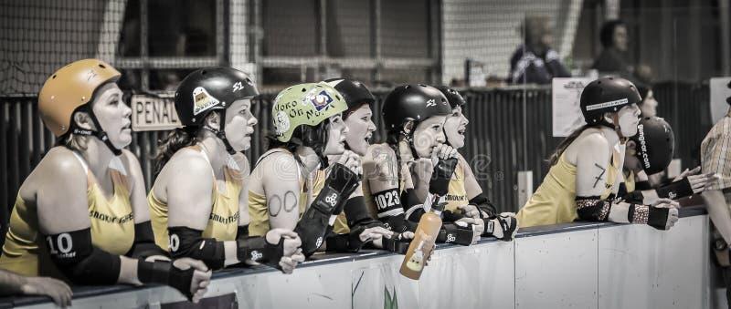 Lawowi miasto dziewczyn otuchy współczłonkowie drużyny obraz royalty free
