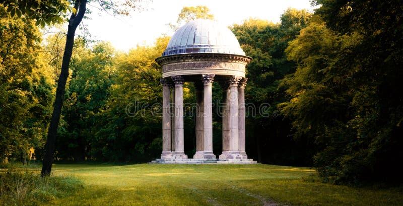Laxemburg, templo de Concordia fotos de stock royalty free