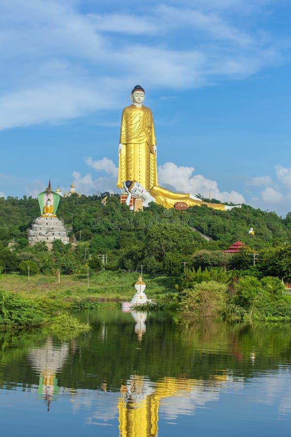 Laykyun Sekkya dans Monywa, Myanmar photographie stock libre de droits