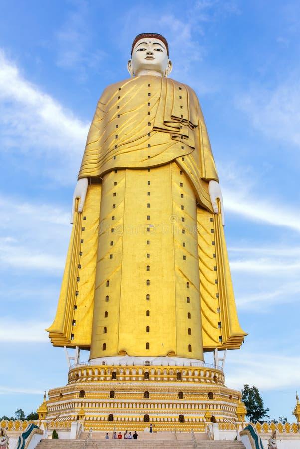 Laykyun Sekkya em Monywa, Myanmar imagem de stock