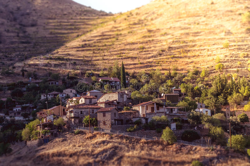 Lazanias,美丽如画的山村在塞浦路斯的尼科西亚区 调整的颜色口气 免版税库存图片