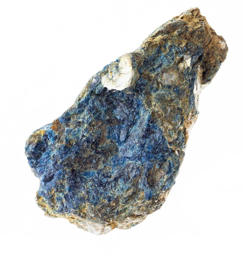 lazulite crudo en piedra de la mica en blanco fotos de archivo libres de regalías