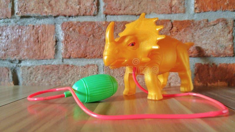 ldinosaur - πλαστικό παιχνίδι monoclonius στοκ φωτογραφία με δικαίωμα ελεύθερης χρήσης