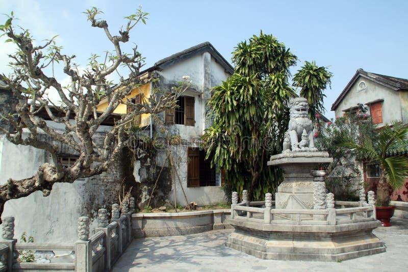 Download Leão imagem de stock. Imagem de buddhism, proibido, lugar - 16855669
