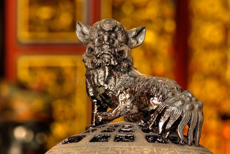 Leão chinês do deus fotografia de stock royalty free