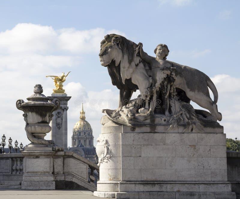 Leão da escultura imagens de stock royalty free