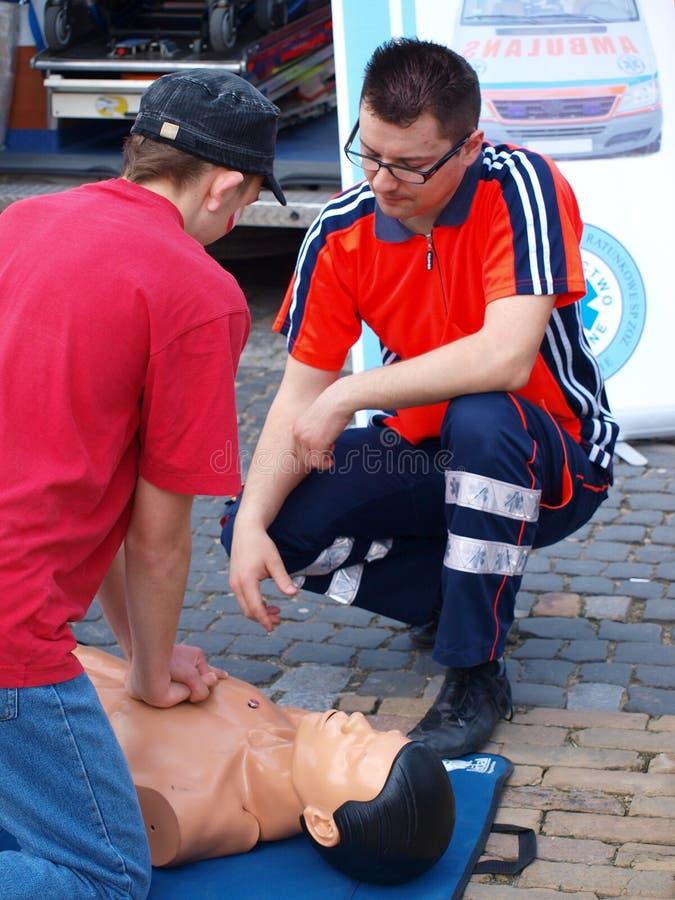 Leçon de premiers soins, Lublin, Pologne image stock