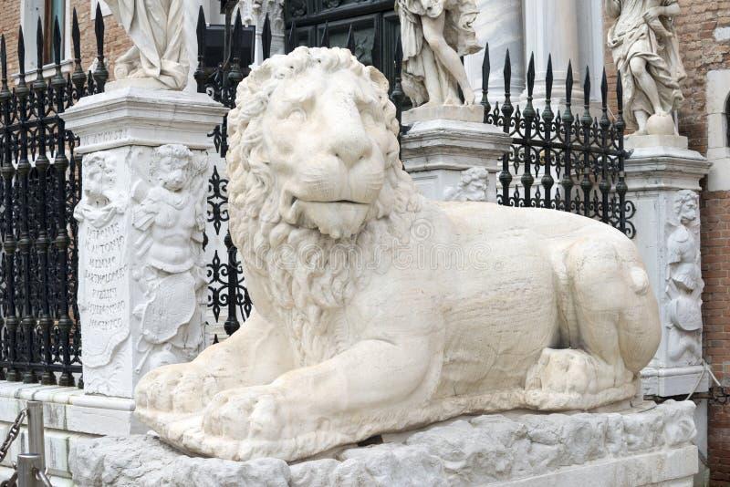 León de mármol en Venecia fotos de archivo libres de regalías