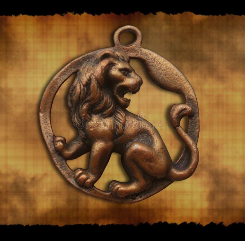 León del amuleto foto de archivo