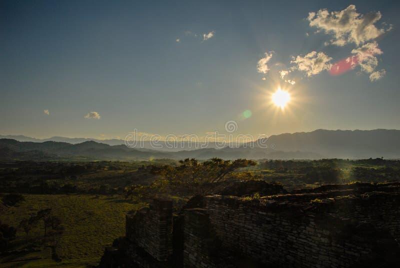 Le ¡ de ToninÃ, site archéologique a ruiné la ville de la civilisation de Maya photo stock