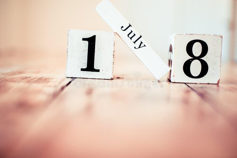 le 18ème juillet - 18 juillet - jour aigre national de sucrerie Jour national de caviar Finissez par connaître votre jour de clie photographie stock