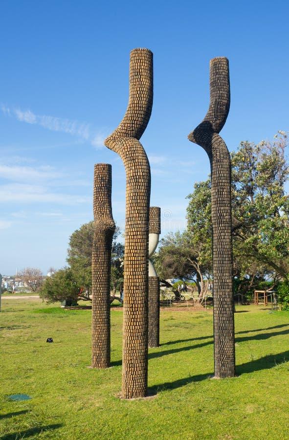 """Le """"mi défi de la vie """"est une illustration sculpturale par Ben Carroll à la sculpture par les événements annuels de mer libres a photo stock"""