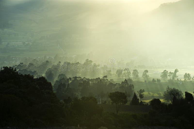 Le Ande. Mezz'ora prima del tramonto fotografia stock