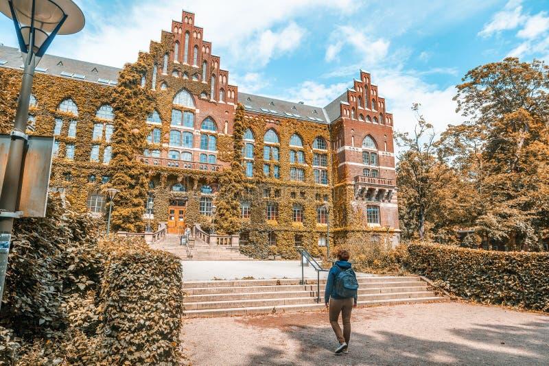 Le bâtiment de la bibliothèque universitaire à Lund, Suède Le buil image stock