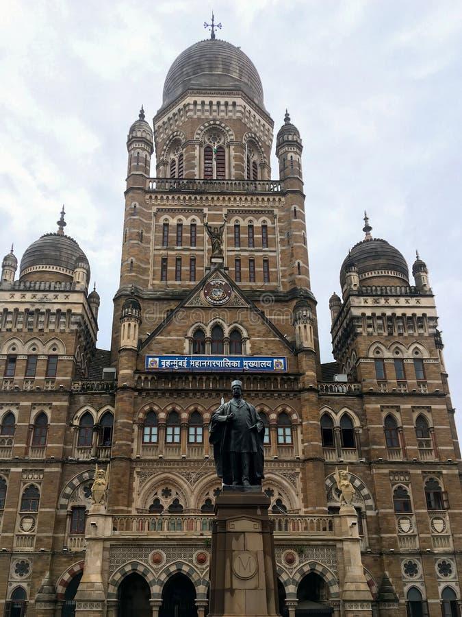 Le bâtiment de Municipal Corporation, Mumbai a placé dans Mumbai du sud dans le maharashtra, Inde est un opposé de bâtiment d'hér image libre de droits
