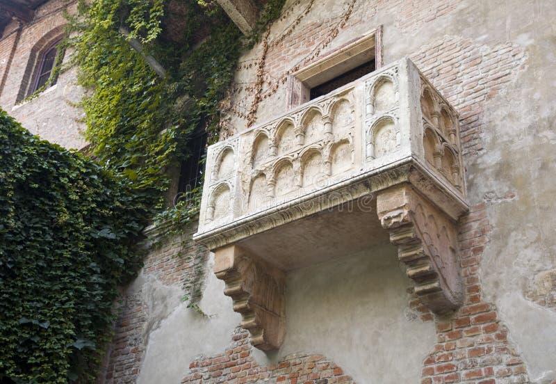 Le balcon de Romeo et de Juliet à Vérone photo libre de droits