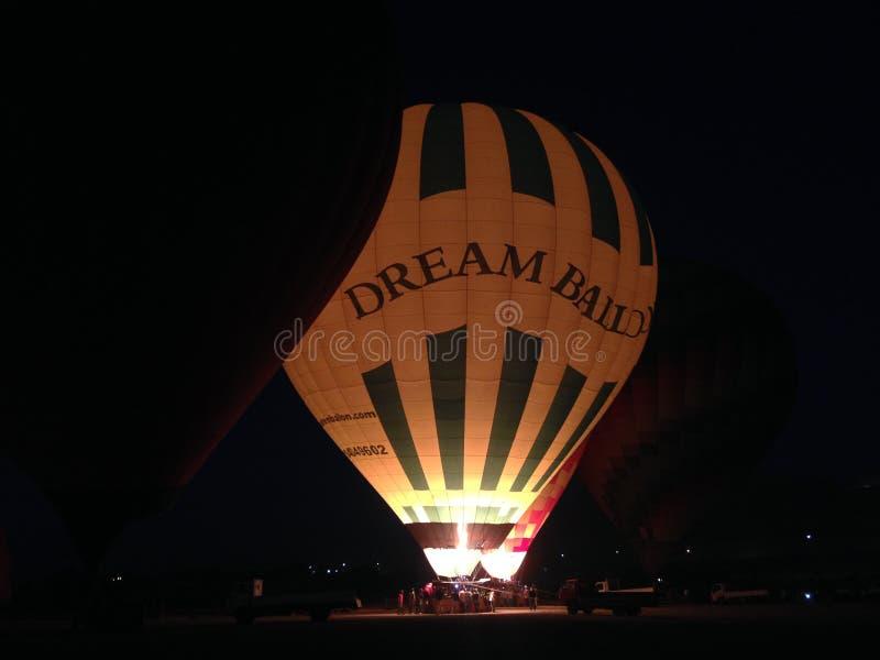 Le ballon à air chaud photgrphed chez le Bealton, fête aérienne de cirque de vol de VA photographie stock libre de droits