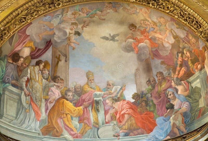 Le baptême de fresque de l'empereur Constantine dans l'abside principale de l'église Chiesa di San Silvestro dans Capite par pape image libre de droits