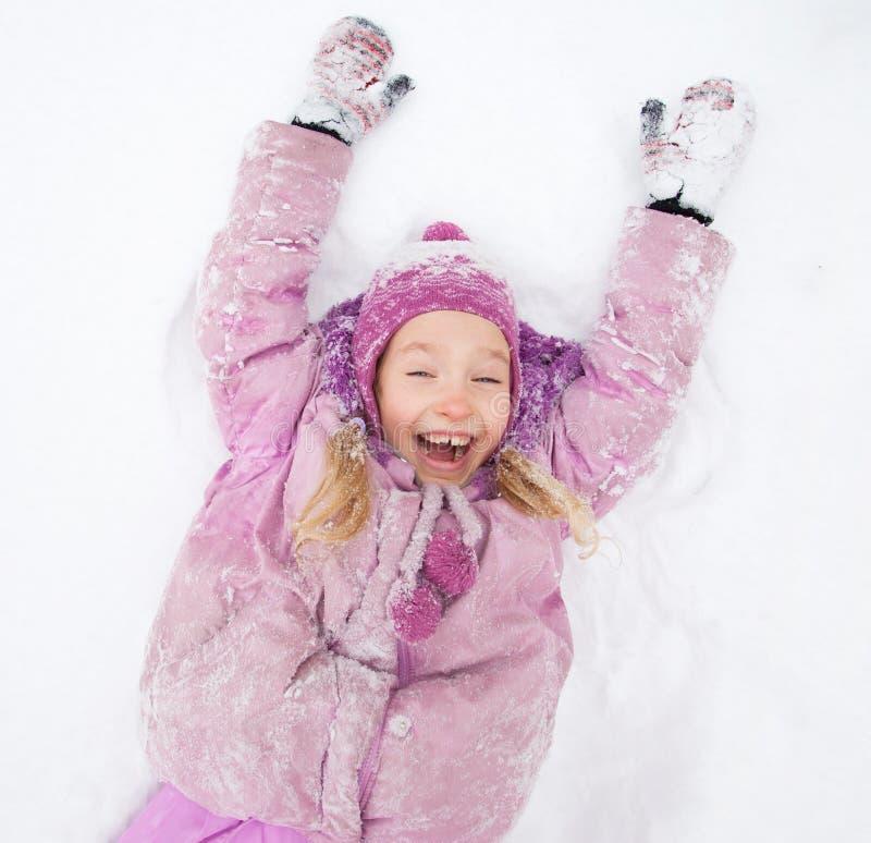 Le barnet i vinter royaltyfria foton