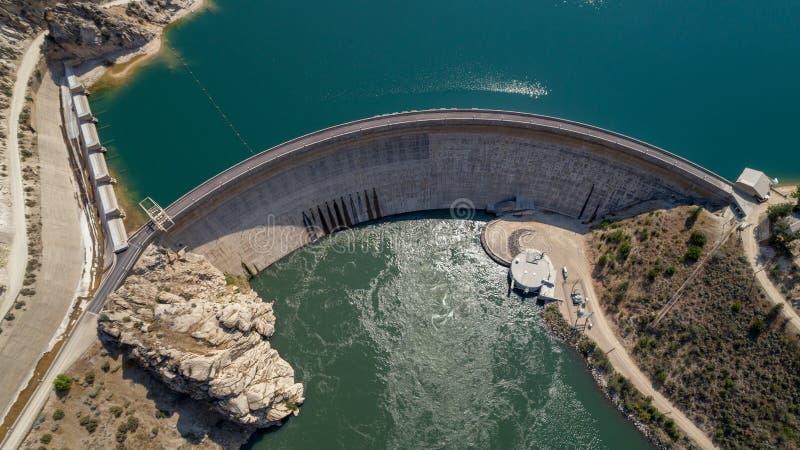 Le barrage hydro-électrique en Idaho a fait du ciment images libres de droits