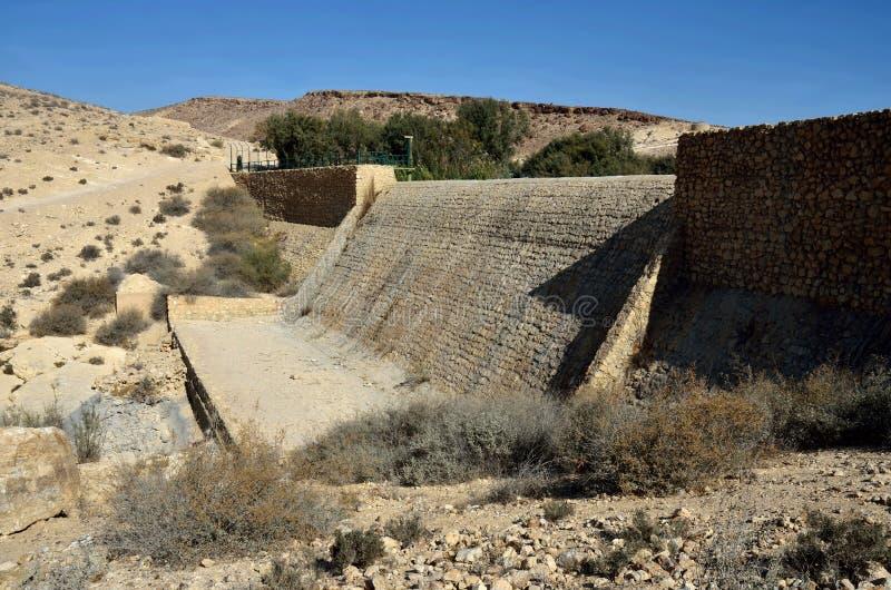 Le barrage téléphone-Yeruham ou le barrage de Yeruham est un barrage de maçonnerie situé sur le courant de Revivim, un tributaire photo stock