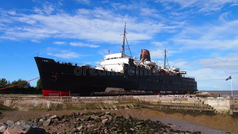 Le bateau abandonné le duc du bateau de Lancaster, Pays de Galles du nord images libres de droits