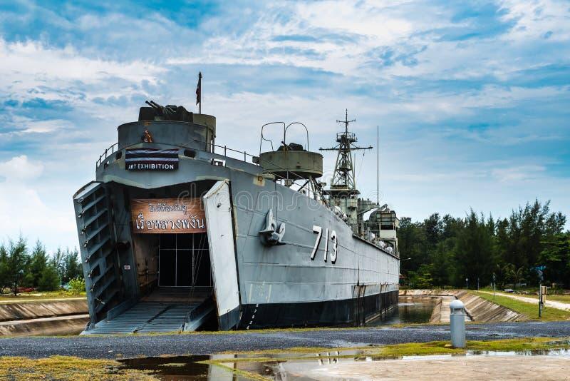 Le bateau de la Marine royal de Koh Phangan à la lanière Sala Pier photos stock