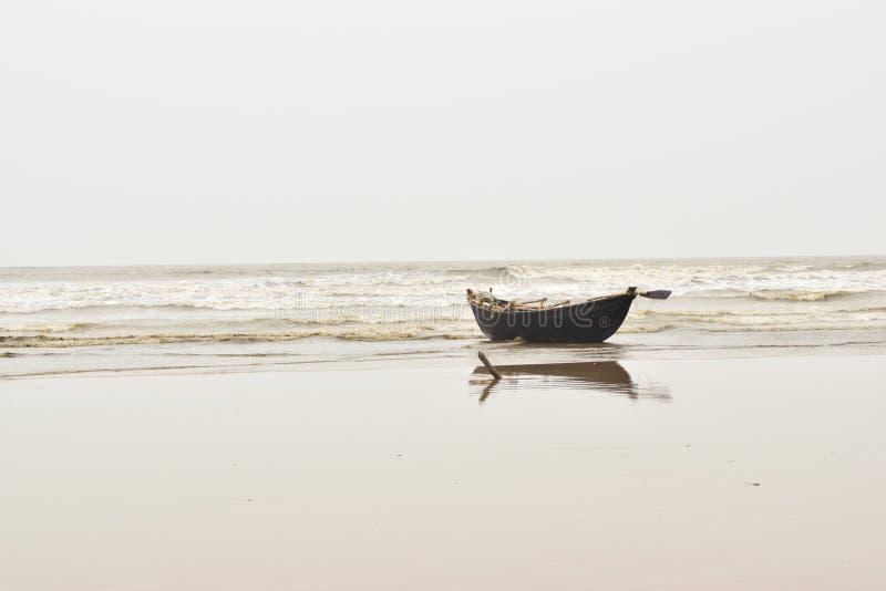 Le bateau de Loanly photos libres de droits