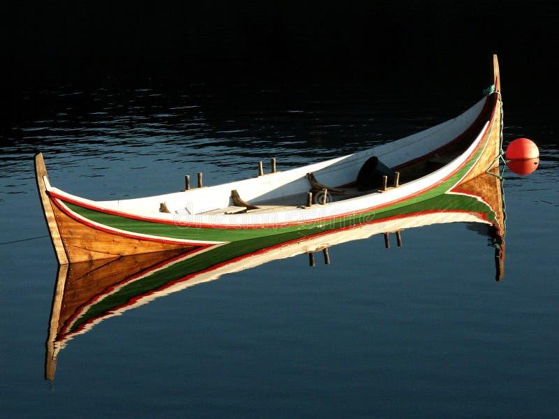Le bateau de Lofoten traditionnel photos libres de droits