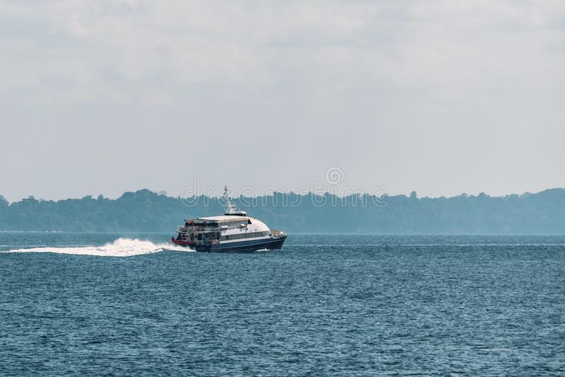 Le bateau de passager, voyage de mer, tourisme, détendent, des vacances, images stock