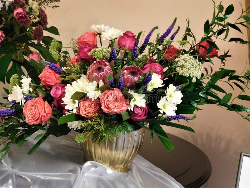 Le beau bouquet pour la décoration à la maison ou le mariage illustration stock