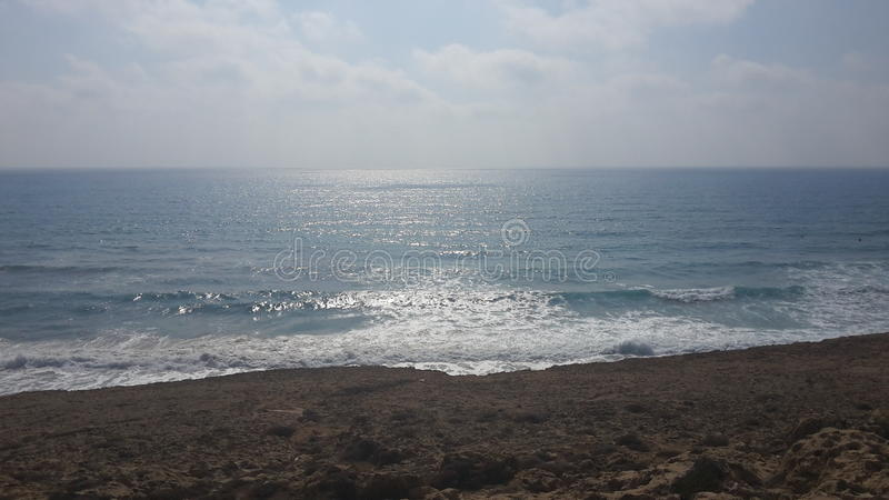 Le beau côté de la mer photographie stock libre de droits