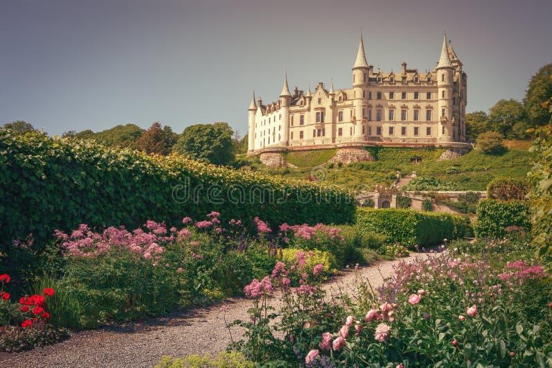 Le beau château de Dunrobin, montagnes du nord dans Golspie, Côte Est de l'Ecosse photo stock