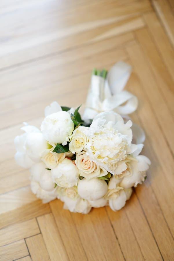 Le beau mariage fleurit le bouquet photographie stock libre de droits