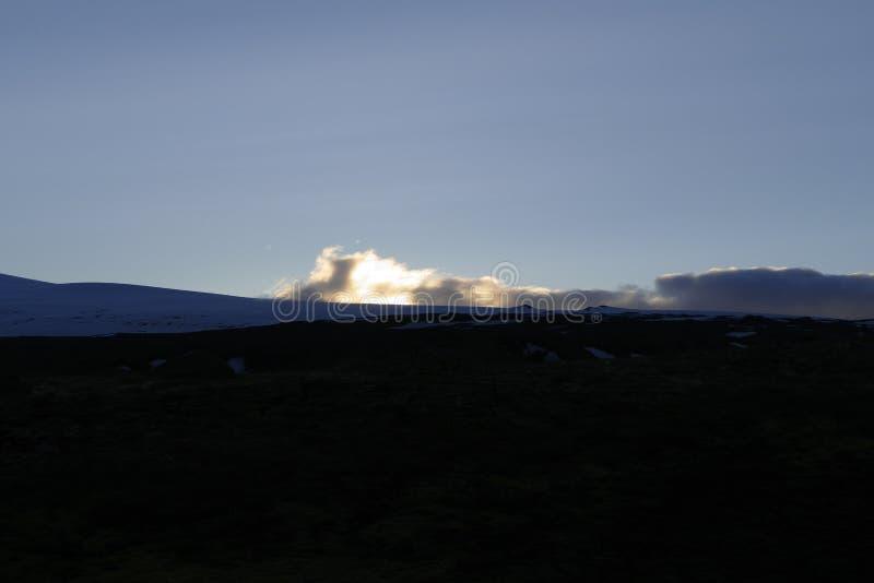 Le beau paysage augmentant les fimmvorduhals traînent en Islande images libres de droits