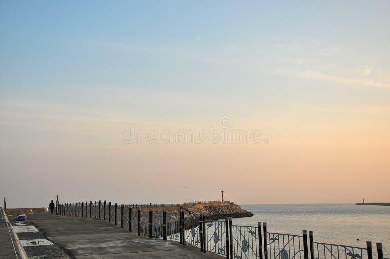 Le beau paysage de lever de soleil photographie stock libre de droits