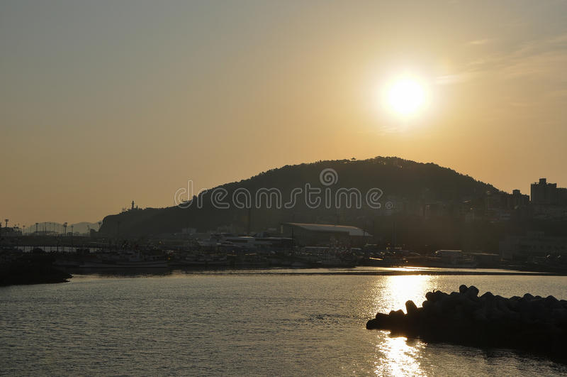 Le beau paysage de lever de soleil image libre de droits