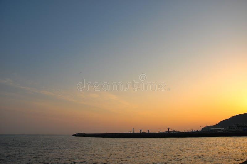 Le beau paysage de lever de soleil images libres de droits