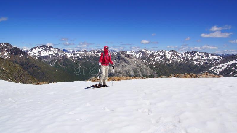 Le beau paysage de montagne de Munt Pers 3207m image libre de droits