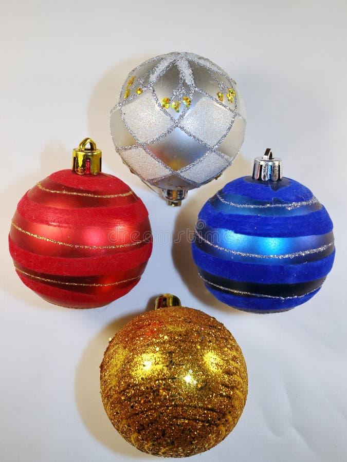 Le belle decorazioni dell 39 albero di natale per le palle di - Le piu belle decorazioni di natale ...