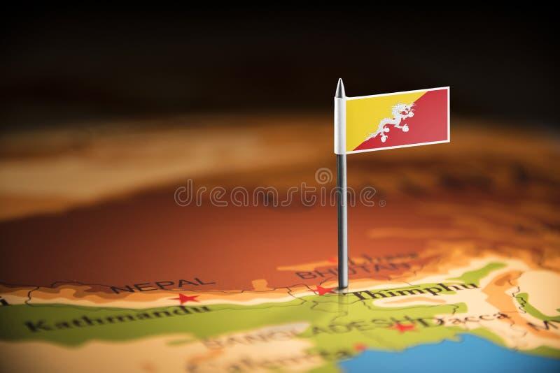 Le Bhutan a identifié par un drapeau sur la carte photo libre de droits