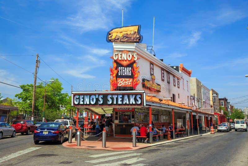 Le bistecche del cheesesteak del Geno famoso del ristorante immagini stock