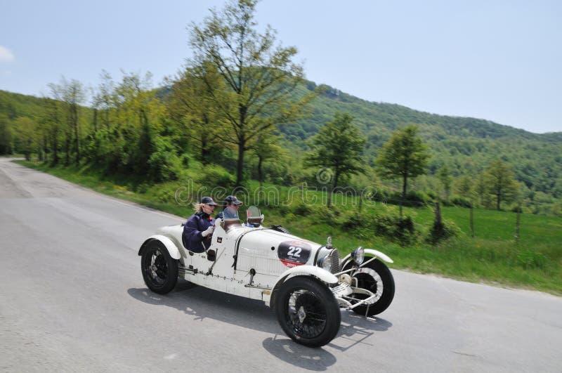 Le blanc 1928 a établi le type 37 véhicule de Bugatti de cru photo libre de droits