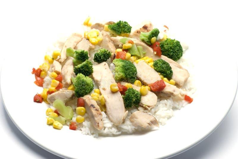 Le blanc de poulet découpe des légumes en tranches photo stock