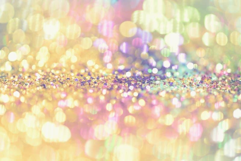 le bokeh Colorfull a brouillé le fond abstrait pour l'anniversaire, l'anniversaire, le mariage, la soirée du Nouveau an ou le Noë photo stock