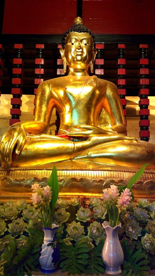 le Bouddha dans le chiangmai Thaïlande photos stock