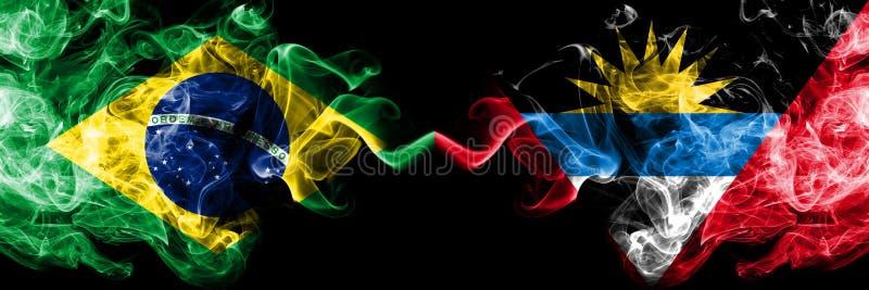 Le Br?sil contre des drapeaux de fum?e de l'Antigua-et-Barbuda plac?s c?te ? c?te Drapeaux soyeux color?s ?pais de fum?e de Br?si illustration de vecteur