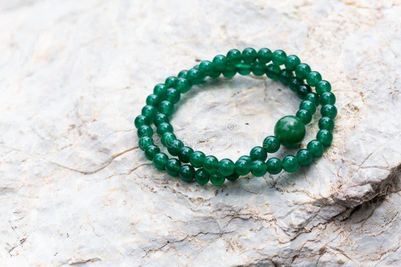 Le bracelet de jade images stock