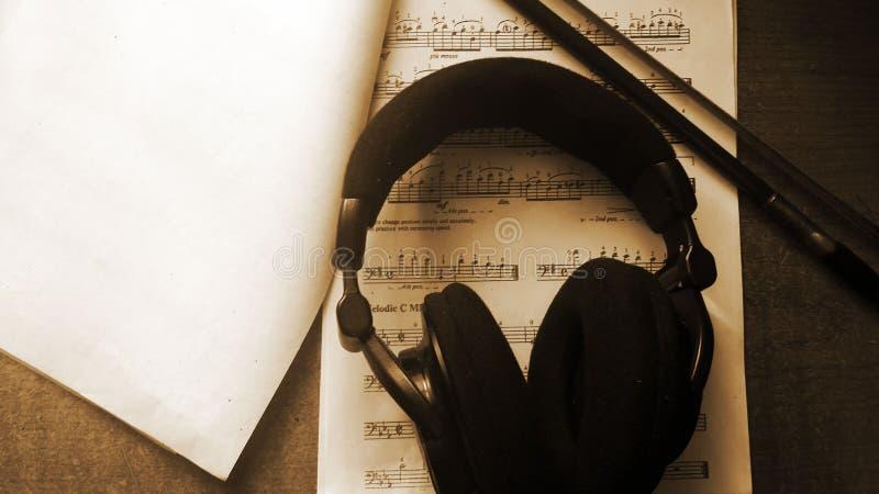Le bruit doux de la musique photographie stock libre de droits